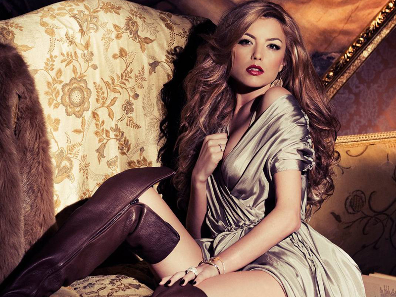 Elena Gheorghe sexy